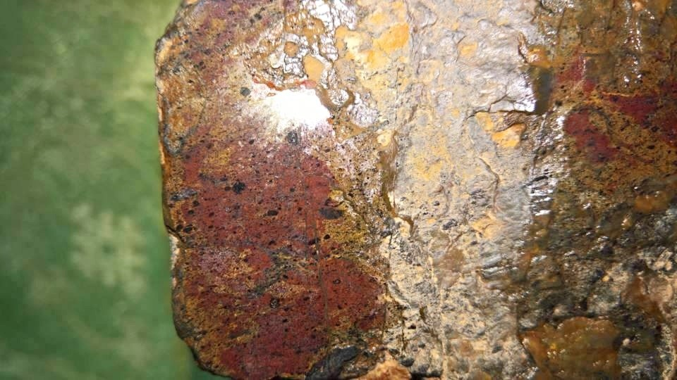 meteorite104