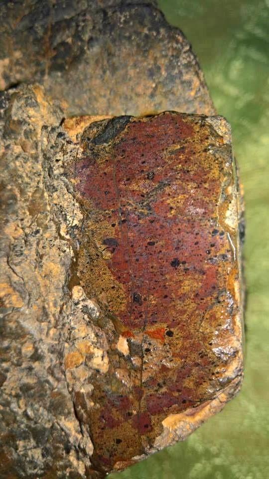 meteorite105
