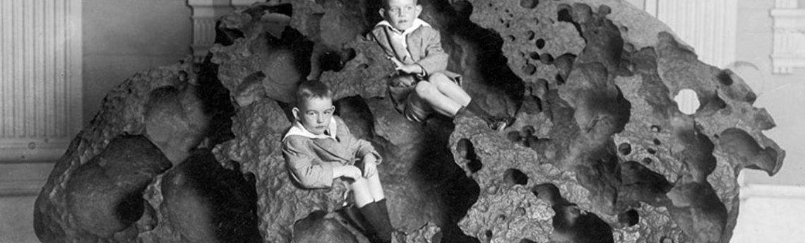 Метеоритите в историята и религията